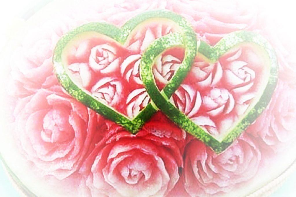 Cocomero Intarsiato Rose e Cuori Sposi